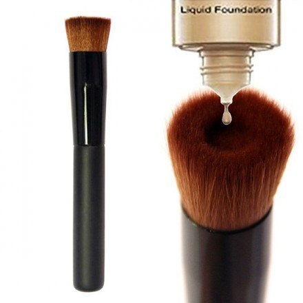 Flat Buffing Foundation Brush
